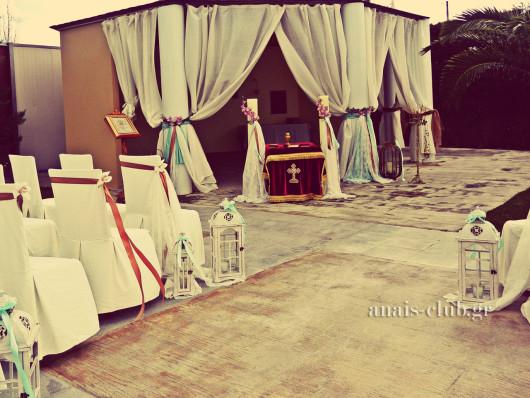 Το εκκλησάκι στο Anais club έτοιμο για γάμο