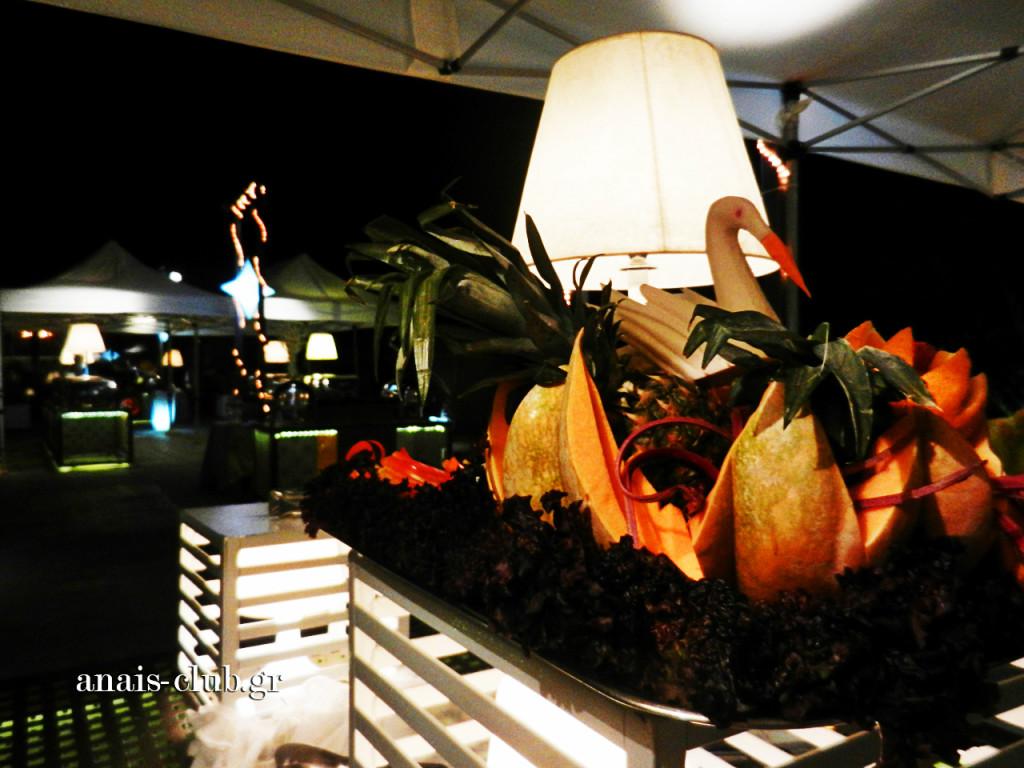Η διακόσμηση των buffet έχει ένα πολύ σημαντικό ρόλο, γι' αυτό κι εμείς βάζουμε όλη μας την τέχνη και δημιουργούμε καλλιτεχνήματα με λαχανικά και φρούτα