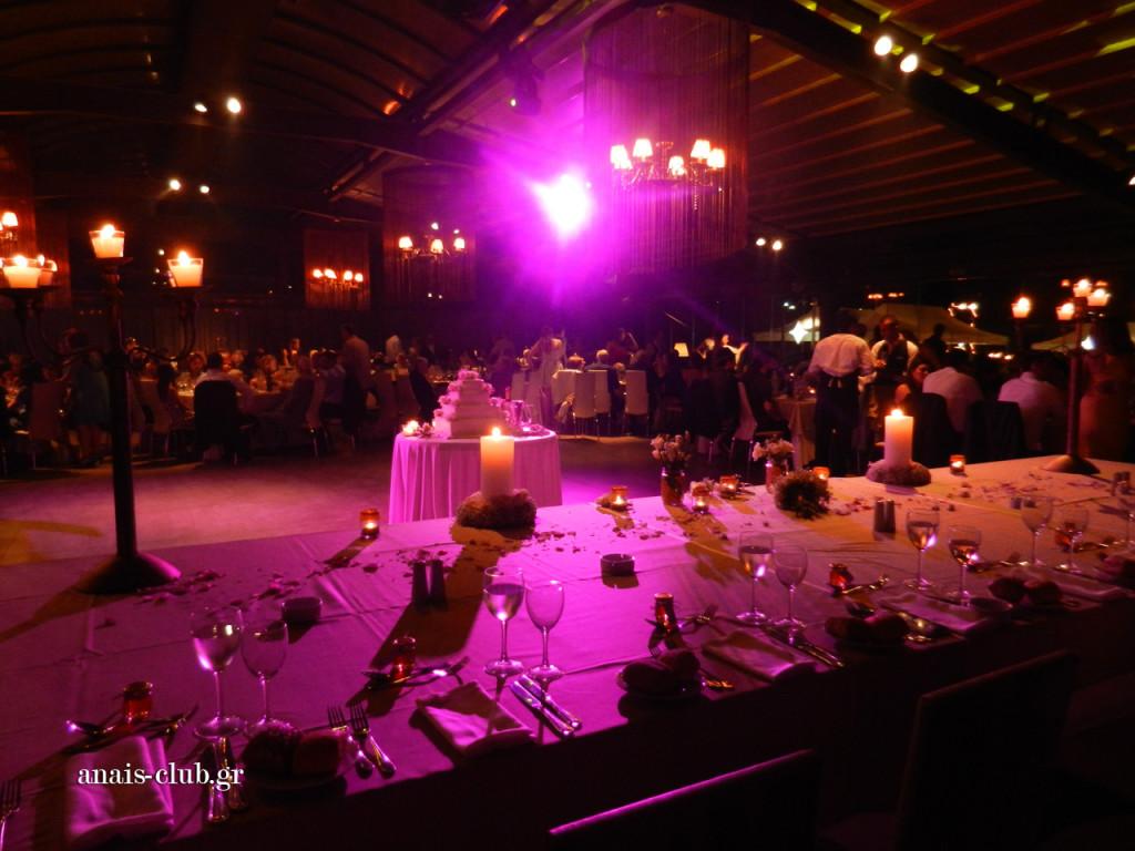 Ονειρικό σκηνικό στο Anais Club στη Βαρυμπόμπη