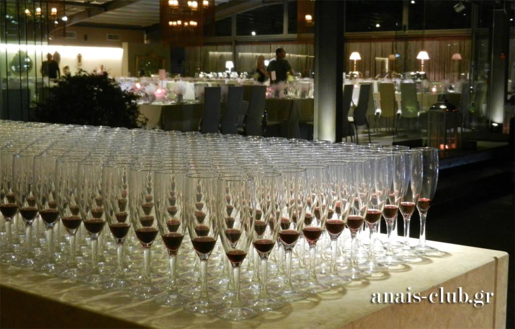 Welcome drinks για την υποδοχή των καλεσμένων στο εξωτερικό Bar του Anais