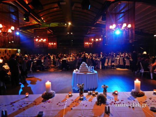 Δεξίωση γάμου στο Anais club στη Βαρυμπόμπη με υπέροχο στολισμό και φωτισμό