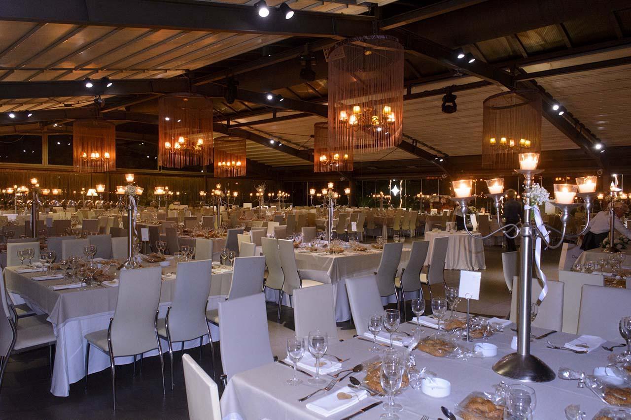 Γενική άποψη της αίθουσας του Anais Club