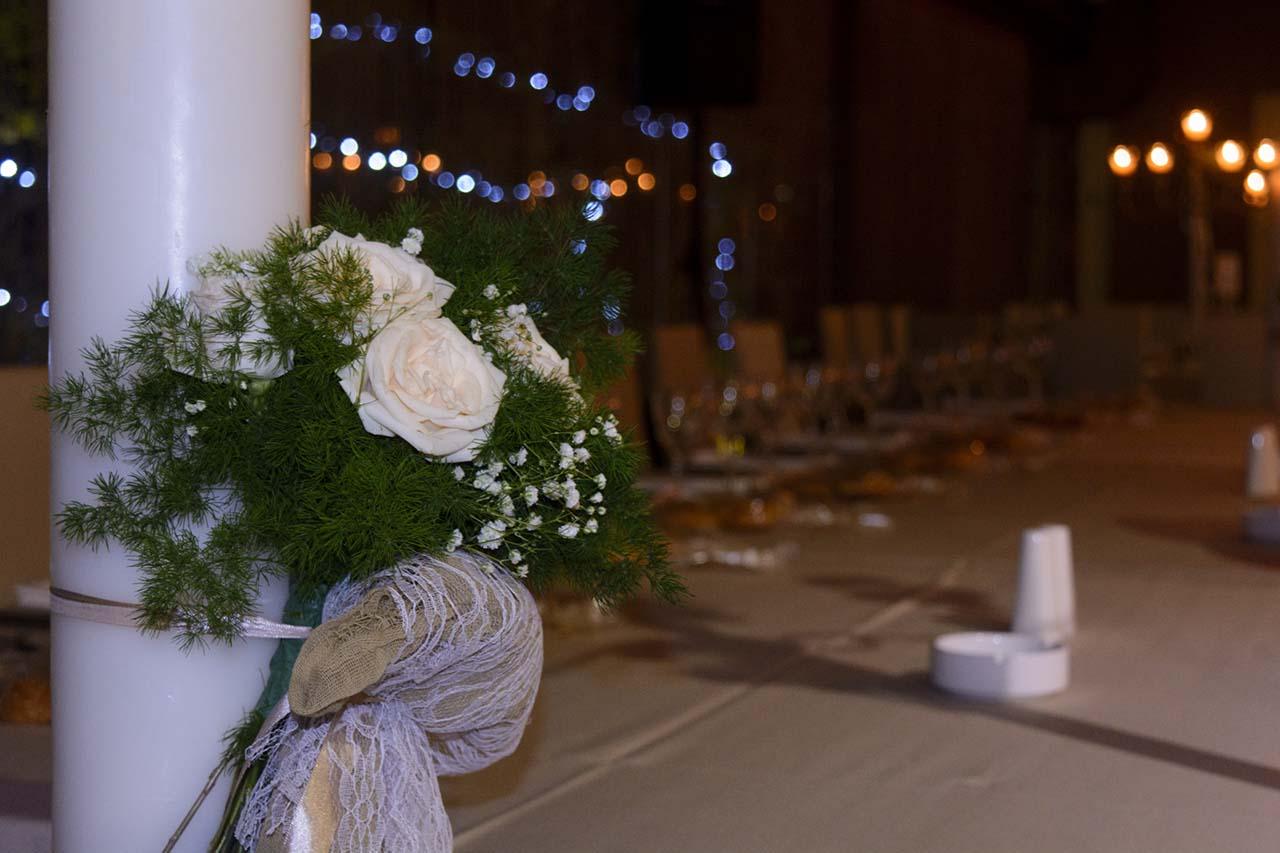 Κεριά για τη διακόσμηση στη δεξίωση γάμου