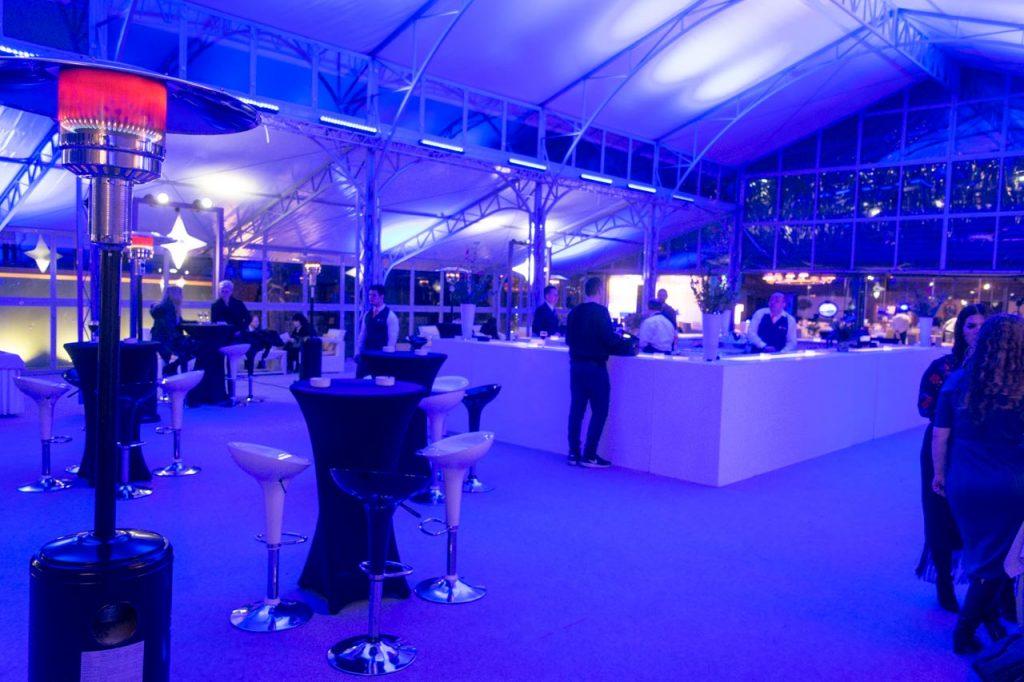Χώρος υποδοχής, bar και προβολής χορηγών της εκδήλωσης