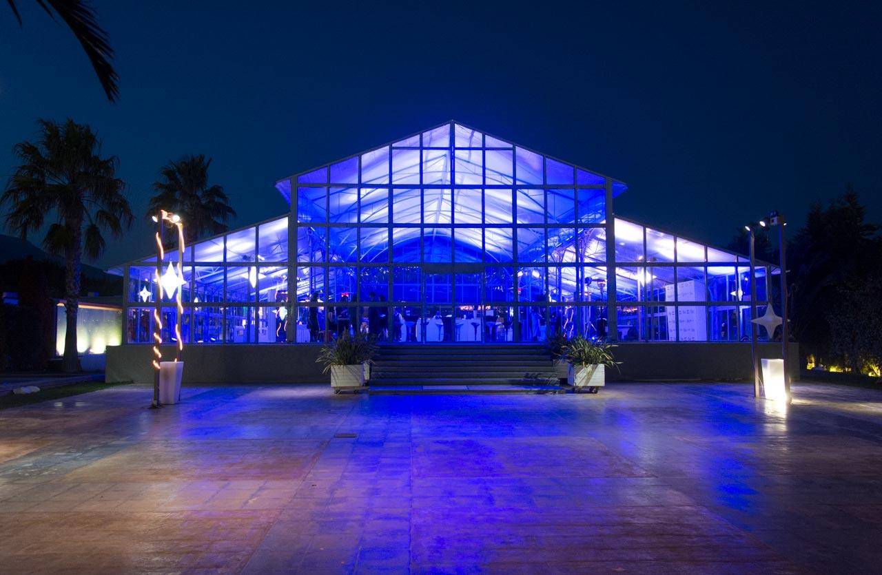 Η πρόσθετη κατασκευή στο Anais Club που εξυπηρετεί εκδηλώσεις και εταιρικά events πολλών ατόμων